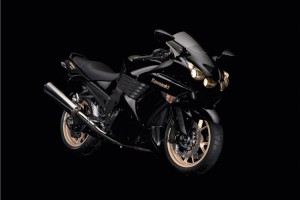 2010 EU - METALLIC SPARK BLACK